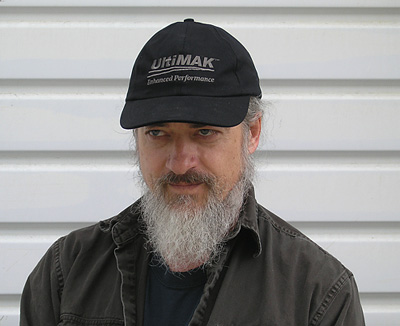 Even ugly people look OK in an UltiMAK hat